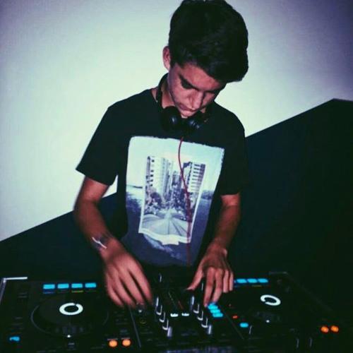 Franco Dañino's avatar