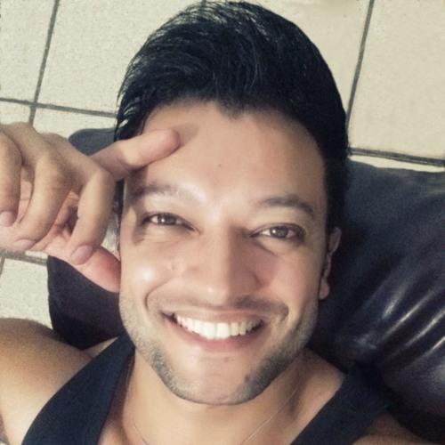 Luiz Oto's avatar