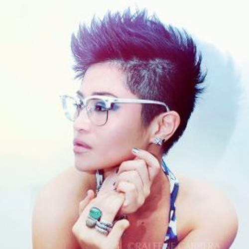 Angelica Torres <3's avatar