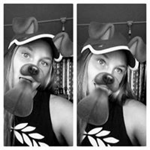 Charlee Ewart's avatar