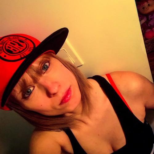 Lady0ne's avatar