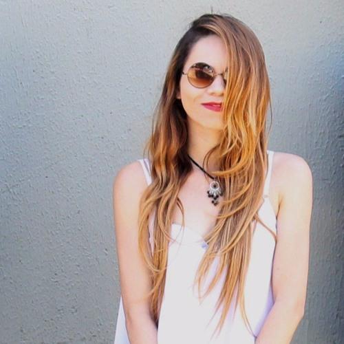 Patrícia Cunha Flor's avatar