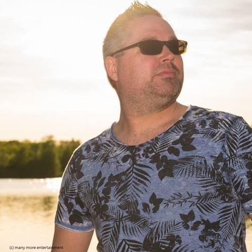 Dj Daniel Walker's avatar