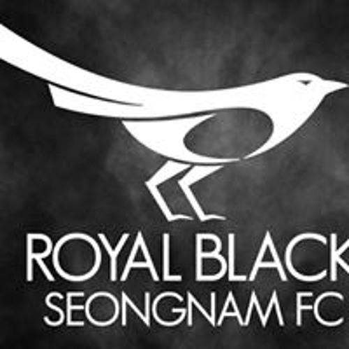 Cho Yoon's avatar