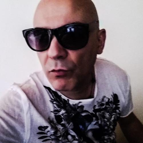 Alessandro Giunta's avatar
