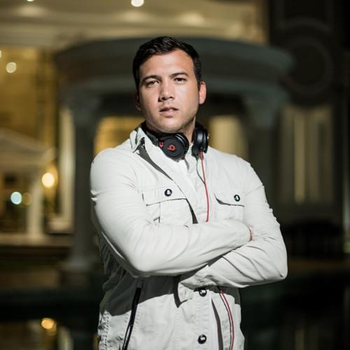 C Lopez DJ      A.K.A    (Cheche Lopez)'s avatar