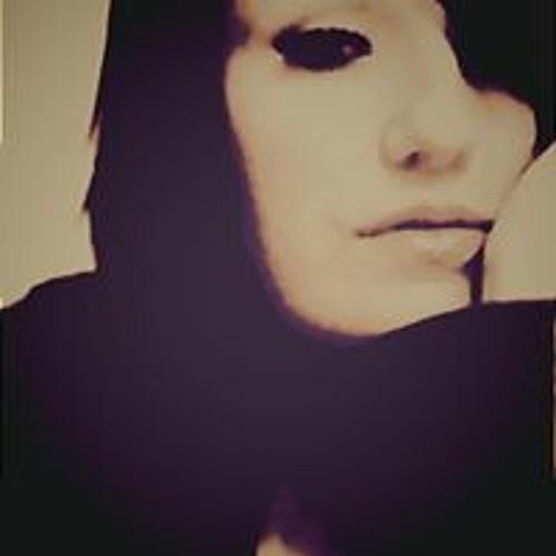 Jennifer Adams's avatar