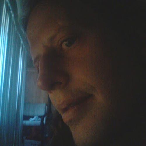 Andrew Allen's avatar