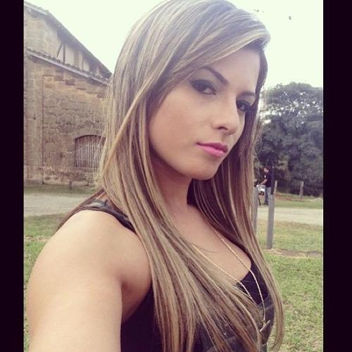 Amanda Sampaio's avatar