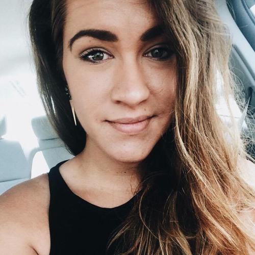Nicole Eliänna Lay's avatar