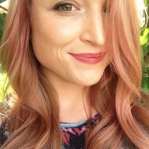 Kelli Lyn's avatar