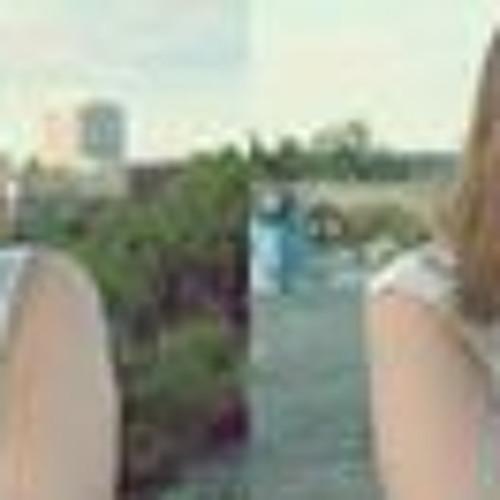 Julia Gebauer's avatar