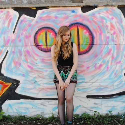 Molly  Ross's avatar