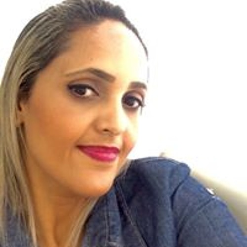 Andressa Macedo's avatar