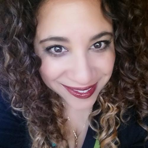 Vivian Carrera Roberson's avatar