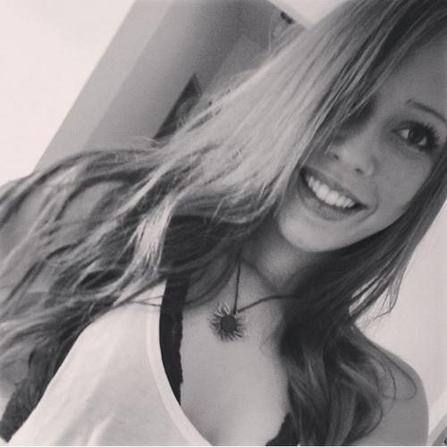 Amandarmiranda's avatar