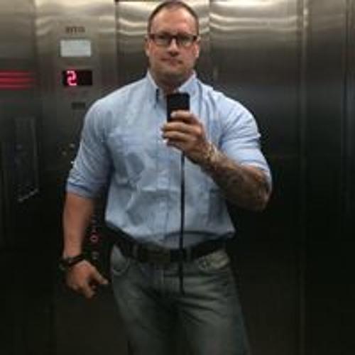 Eduardo Fragoso's avatar