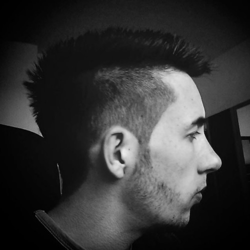 Yvolution's avatar