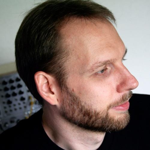 Claus Gahrn's avatar