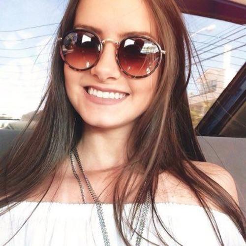Marina Ramalho's avatar