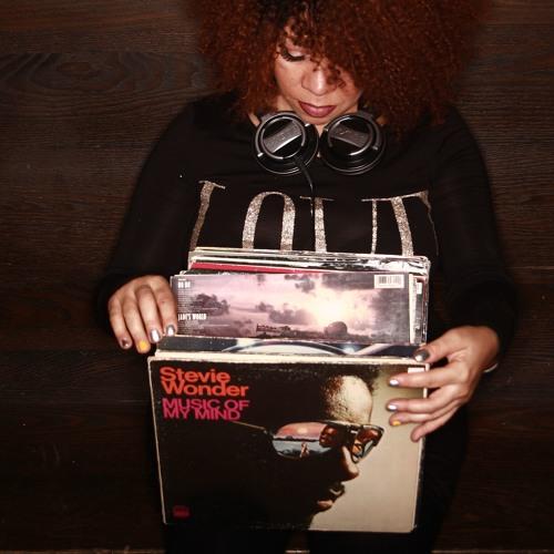 DJ Frances Jaye's avatar
