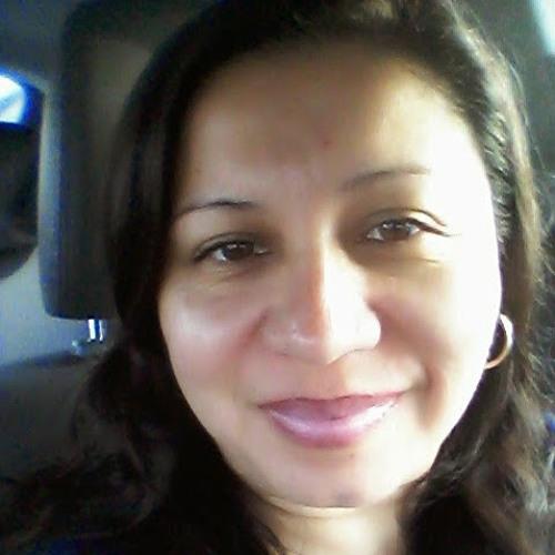 irma fuentes's avatar