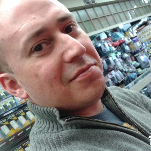 Leco Mussio's avatar