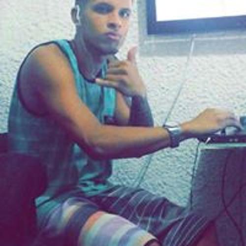Caaio Rodrigues's avatar