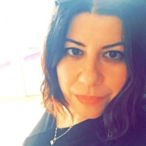 Nanny Molina's avatar