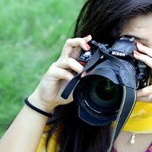Ayesha Sandhu's avatar