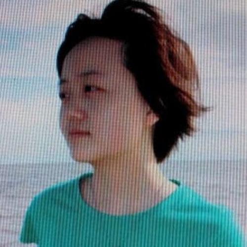 Huang Tsing's avatar