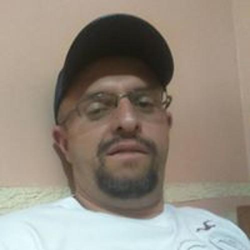 Wellington Caine Freire's avatar