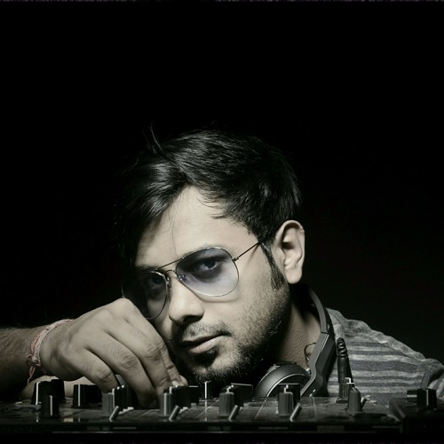 DJ Ari's avatar