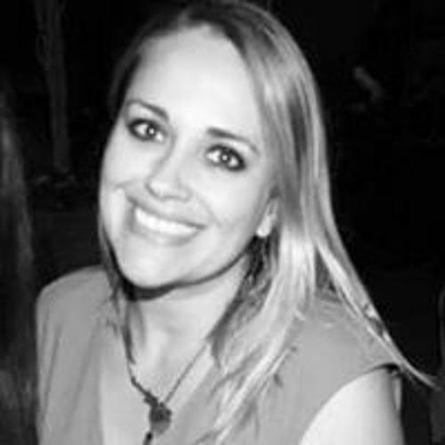 Perla Chacon's avatar