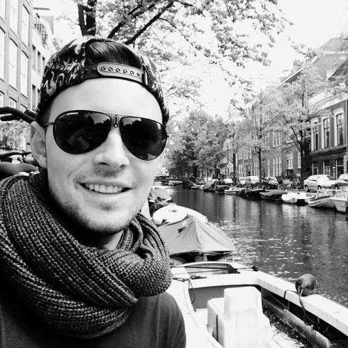Moritz Llow's avatar
