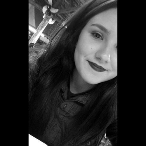 Maria Julia Ferreira's avatar