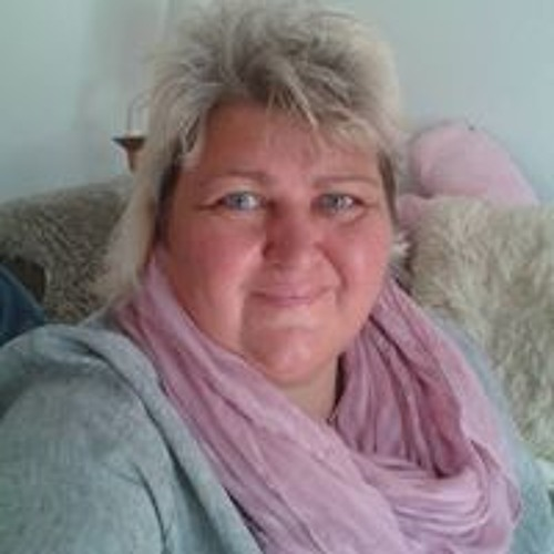 Susie Lassoued's avatar
