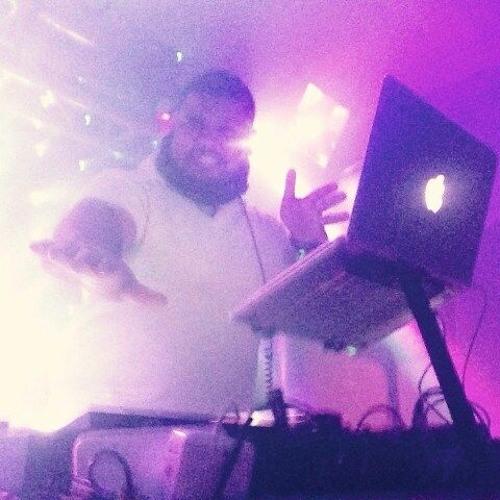 DJ-BIG (Sound Master)'s avatar