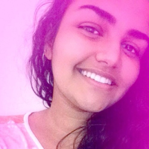 Ana Clara Neves's avatar