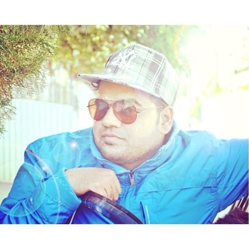 Hassan Khan Pirzada's avatar