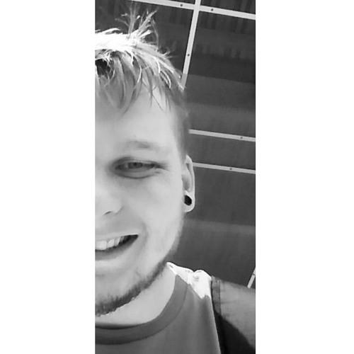 Chazo NightCore o(≧▽≦)o's avatar