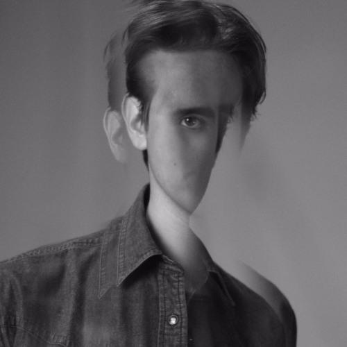 alec vic's avatar
