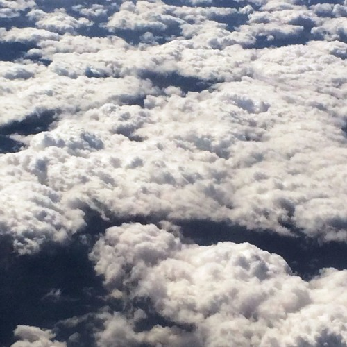 tunes & clouds's avatar