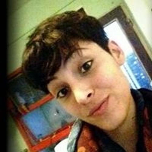 Paula Azize's avatar