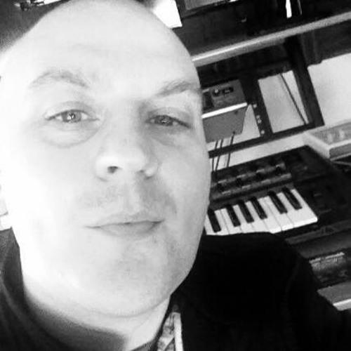 Carl Crellin's avatar