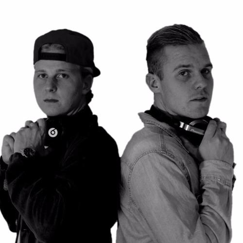 Mac & Rasmus's avatar
