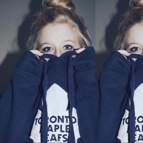 Larissa Marchuk's avatar