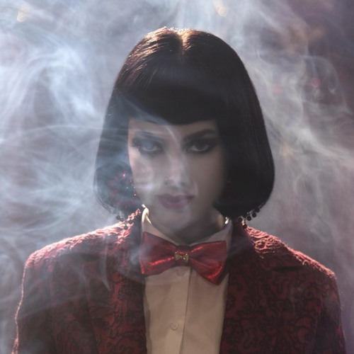 Lola Blanc's avatar