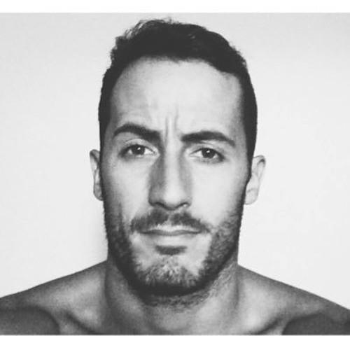 Andrew Maddox's avatar