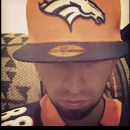Leonardo Arias's avatar